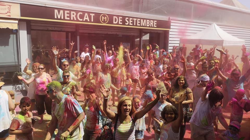 El Mercat se viste de colores