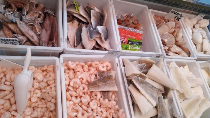 mercat-11-setembre-productes-congelados-victor-pescado-marisco