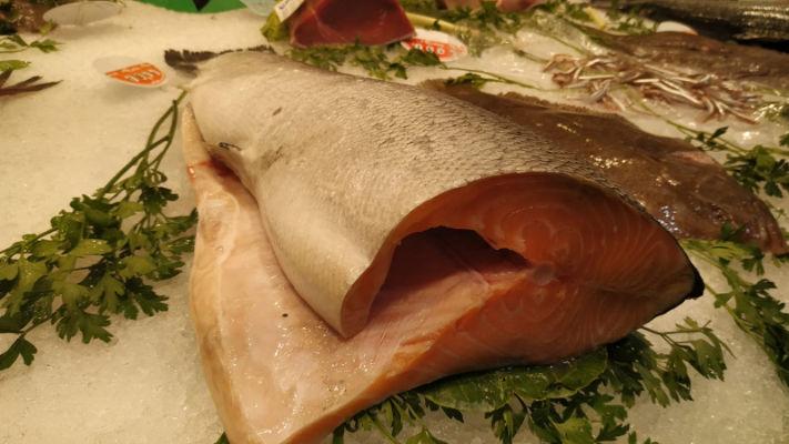 Mercat-11-setembre-peixos-alejandro-salmon