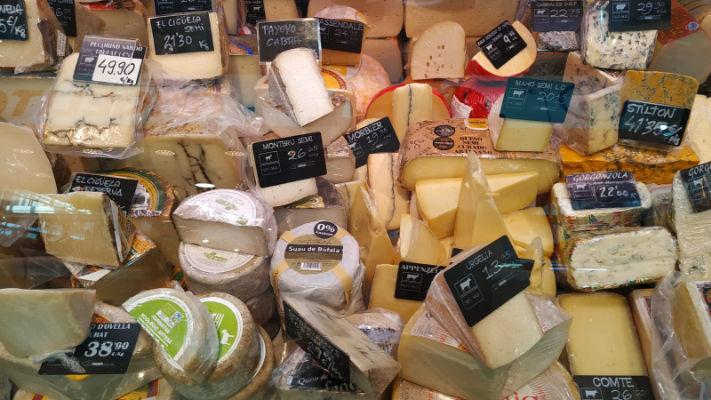 Moreno-Antolinos-Cansaladers-Xarcuters-mercat-11-setembre-productes-quesos