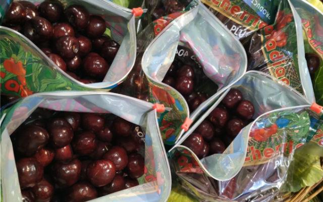 mercat-11-setembre-productes-punt-fresc-cerezas