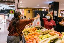 Quins productes de temporada omplen el mercat durant l'hivern?